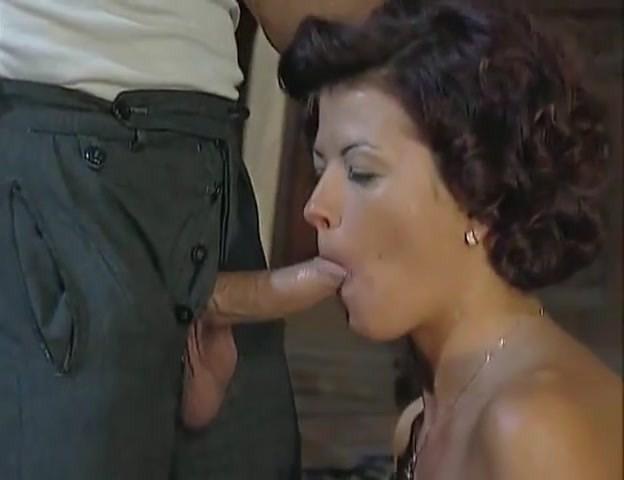 Стройные брюнетки в винтажном порно